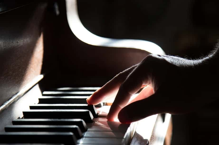Benefits of learning and playing piano